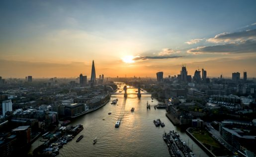 London_River_Pano